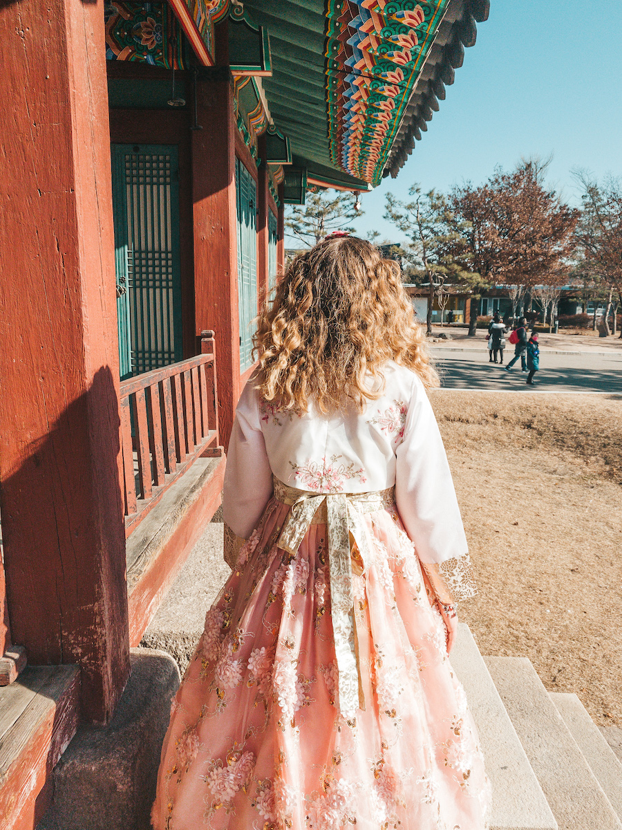 Sophie in a Hanbok at the folk museum
