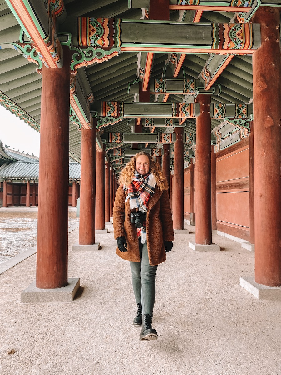 Sophie at a palace in Seoul
